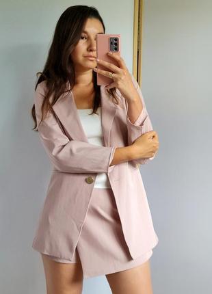 Нежно розовый костюм 😇