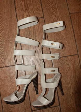 Босоножки, туфли, на каблуке,нарядные, размер 35-36