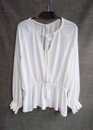 Блуза с пышным рукавом h&m.