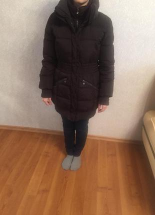 Продам зимнее пальто terranova