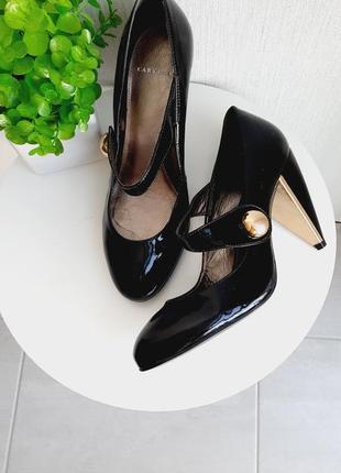 Новые лаковые туфли carvela 40-41