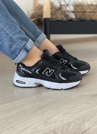 Женские стильные осенние кроссовки new balance 530 black white