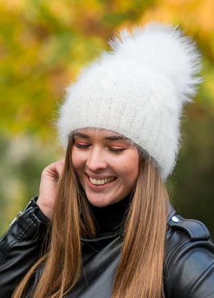 Пушистая и очень легкая,теплая шапочка solomiachoiceua