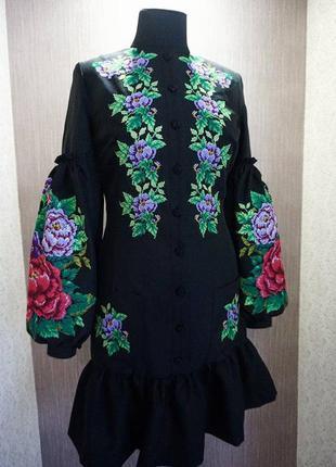 Ексклюзивне вишите плаття на домотканому полотні 0217c1881c454