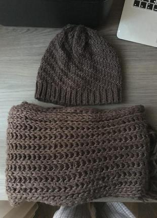 Шапка и шарф bershka