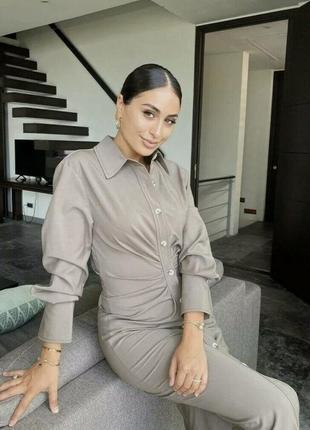 Платье рубашка с драпировкой от zara