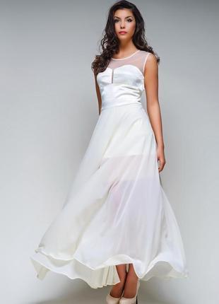 Вечернее платье в пол айвори молочный цвет.
