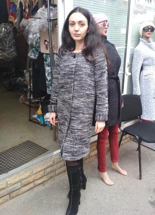 Демисезонное пальто без воротника grislav1