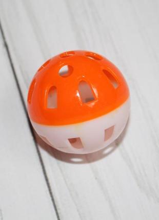Игрушка для кошек мячик-погремушка (4 см диаметр)