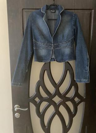 Пиджак джинсовой