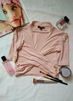 Розовый топ розовая футболка с вырезом и запахом