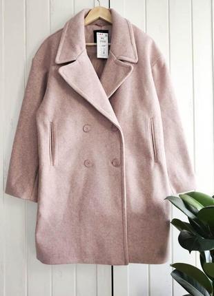 Теплое двобортне пудровое пальто оверсайз от house, размер m-l