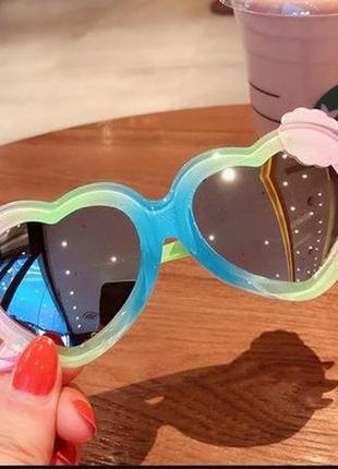 Радужные полупрозрачные детские солнцезащитные очки-сердечки с зеркальной линзой