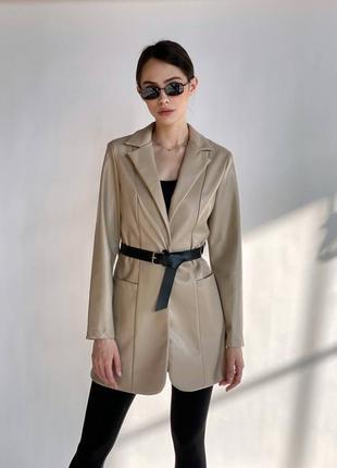 Удлиненный кожаный пиджак блэйзер эко кожа