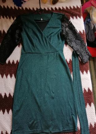 Платье с блестящее