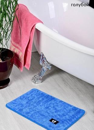 Коврик для ванной голубой