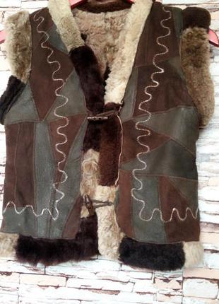 Меховый  жилет  овчина   р-р 8( s)