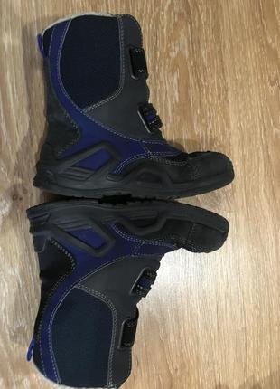 Зимние ботинки без дефектов. стелька