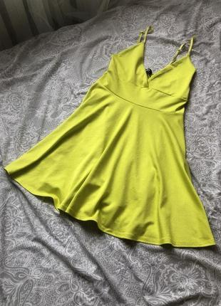 Яркое неоновое мини платье желто салатовый цвет
