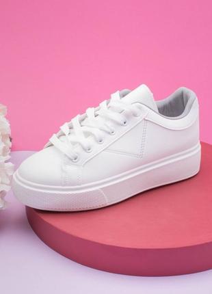 Стильные белые кроссовки кеды криперы на платформе толстой подошве