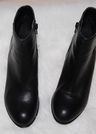 Ботинки кожа кожаные 38 р-р 24.5 см черные 5th avenue
