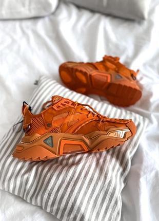 Кроссовки производства кlеin orange lux
