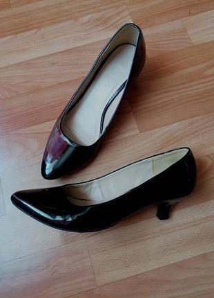 🌟чорні туфлі лодочки 🌟туфли на каблуке - рюмочке