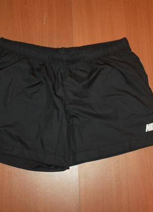Женские спортивные шорты найк размер л