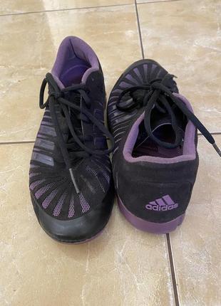 Удобные кроссовки adidas