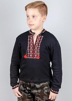 Вишиванка дитяча чорна з червоною вишивкою