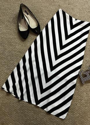 Стильнейшая юбка в полоску
