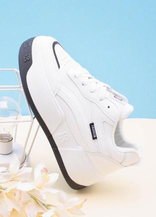 Стильные белые кроссовки деми кеды криперы на платформе толстой подошве модные кроссы