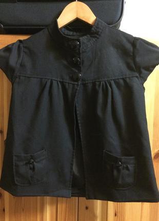 Жакет школьный чёрный с короткими рукавами. рост 140 см.