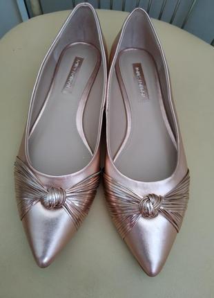 Туфли лодочки женские jones 39 p.