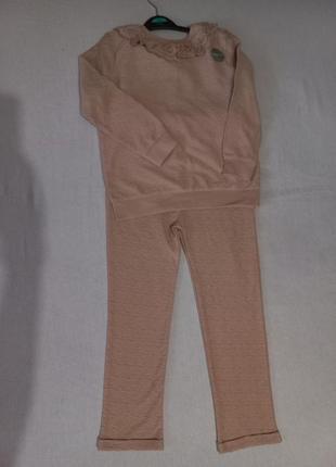 Легкий костюм с нежным кружевом 5-6 лет (110-116 см)