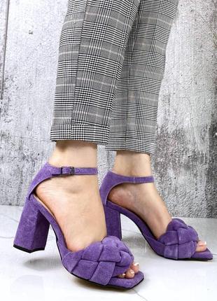 Шикарные босоножки на каблуке - lora замшывые