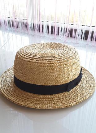 Пляжная соломенная шляпа канотье