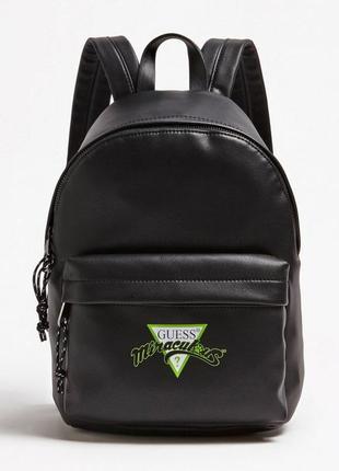 Стильний рюкзак guess. чорного кольору.
