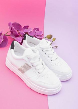 Стильные белые кроссовки кеды криперы на платформе толстой подошве со стразами