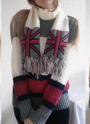 Фактурный вязаный шерстяной осенне-зимний свитер джемпер комплект с шарфом с кисточками