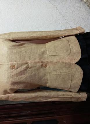 Пиджачек,новый,s - m,  германия,ц. 99 гр