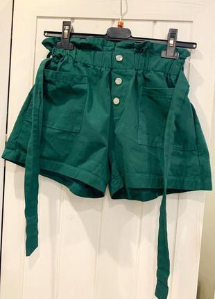 Очень стильные шорты