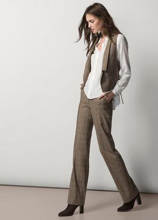 Стильний косплект в клітінку штани , брюки , безрукавка , жалетка