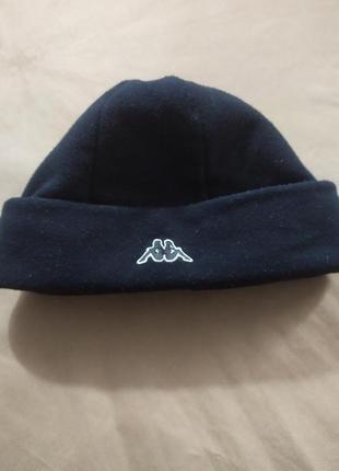 Классная фирм шапка.унисекс