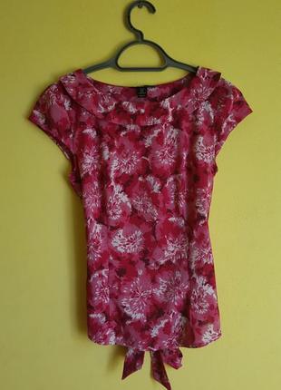Розовая блуза в цветочный принт