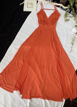 Платье макси, в пол, с разрезами, глубокое декольте, открытая спина