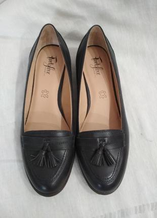 Кожаные туфли,лоферы,балетки.