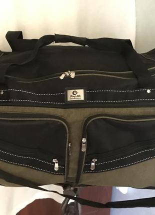 Дорожная большая сумка с множеством отделений