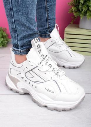Женские белые кроссовки на шнуровке эко кожа1 фото