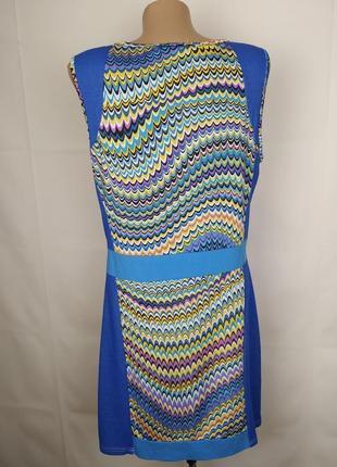 Платье стильное в орнамент трикотажное с паетками uk 14/42/l4 фото